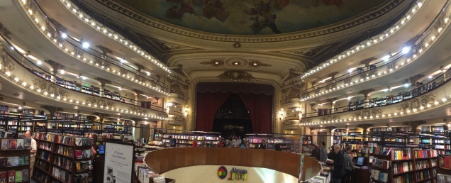 El Ateneo: an old theater now a bookstore